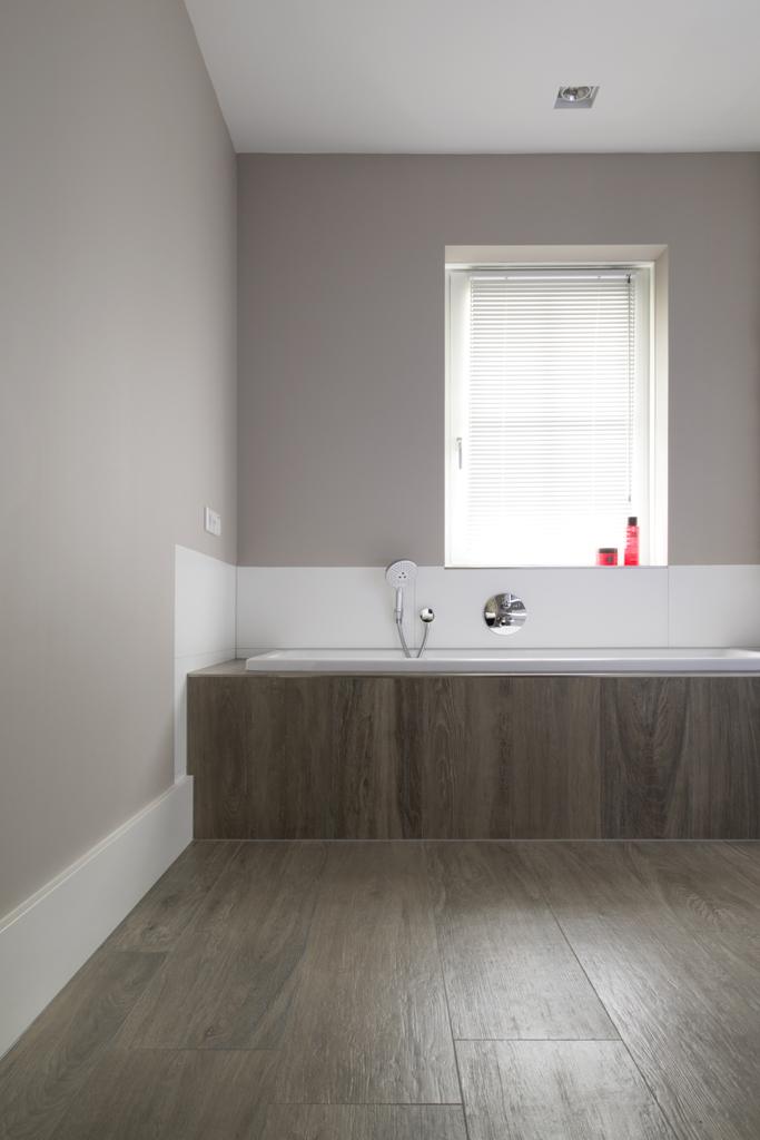 Referenties badkamers for Bruine tegels