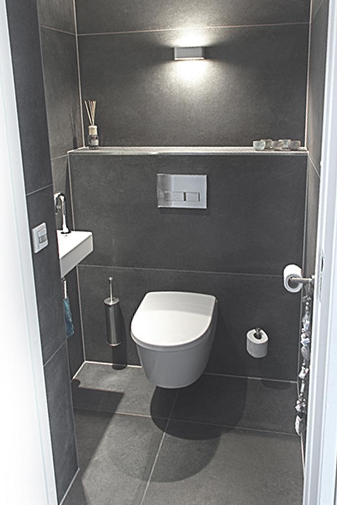 referenties toiletten. Black Bedroom Furniture Sets. Home Design Ideas
